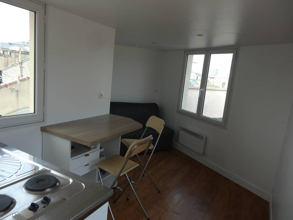 location meubl e studio 14 m issy les moulineaux 92130 14 m 660 e de particulier. Black Bedroom Furniture Sets. Home Design Ideas