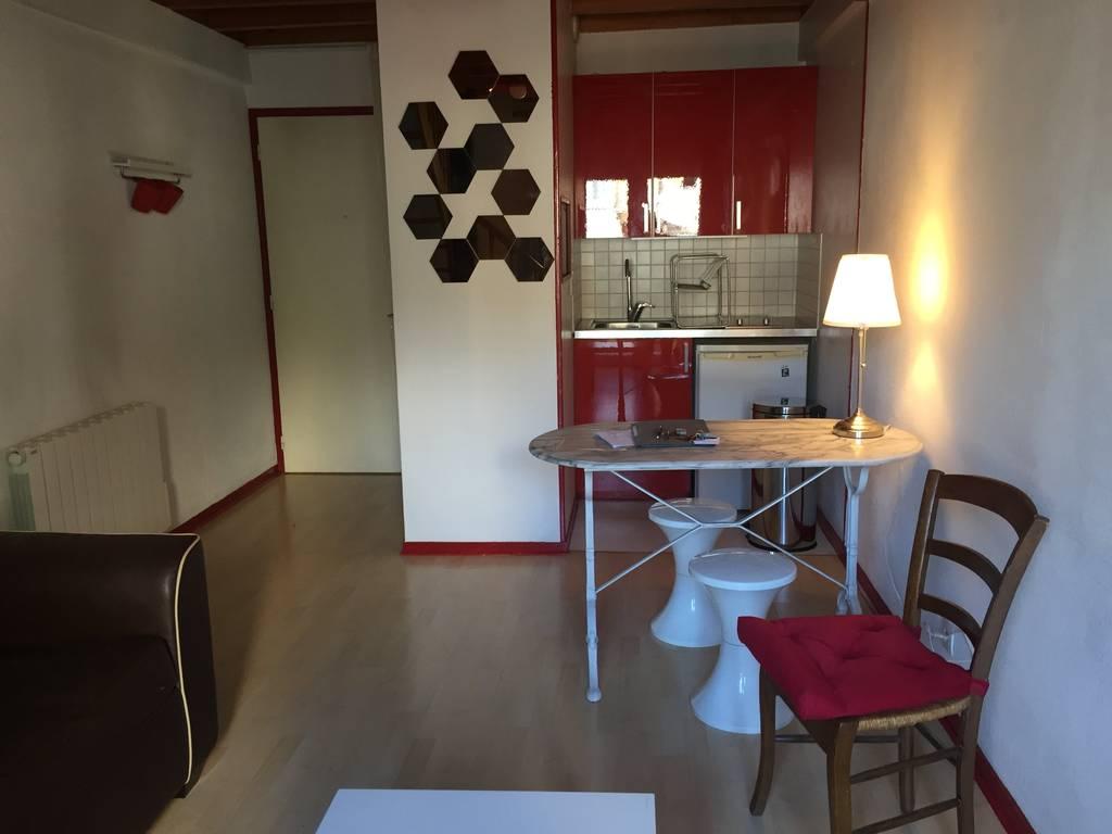 Location meubl e appartement 2 pi ces 35 m bordeaux 33 - Location meublee bordeaux particulier ...