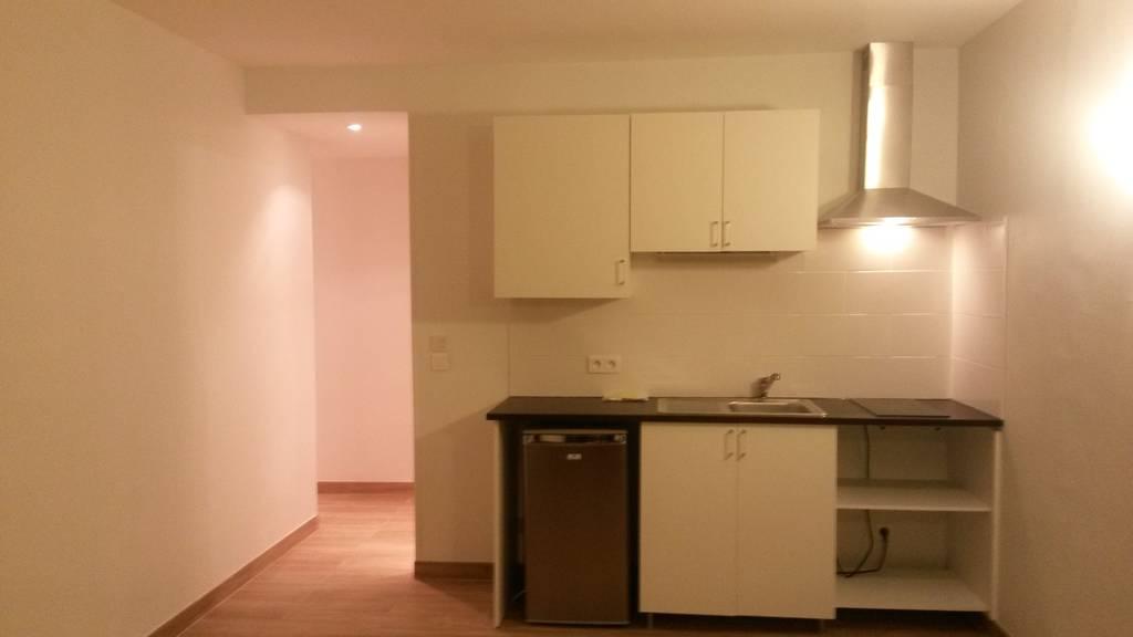 location studio 27 m le chesnay 78150 27 m 660 de particulier particulier pap. Black Bedroom Furniture Sets. Home Design Ideas