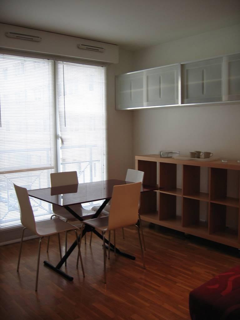 location meubl e studio 21 m boulogne billancourt 92100 21 m 798 de particulier. Black Bedroom Furniture Sets. Home Design Ideas