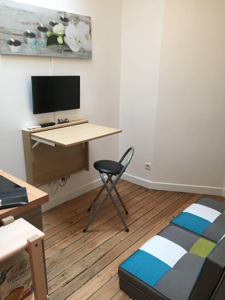 Location meubl e chambre 11 m paris 17e 11 m 600 for Location meuble paris 17 particulier