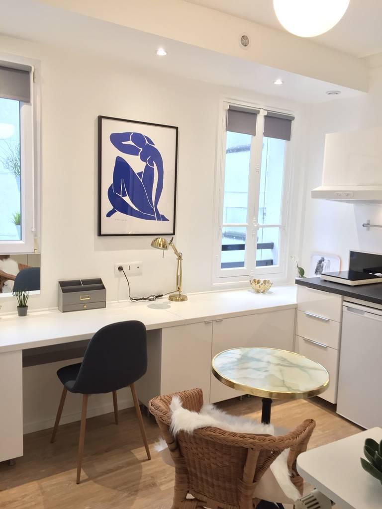location meubl e studio 17 m paris 17e 17 m 910 de particulier particulier pap. Black Bedroom Furniture Sets. Home Design Ideas