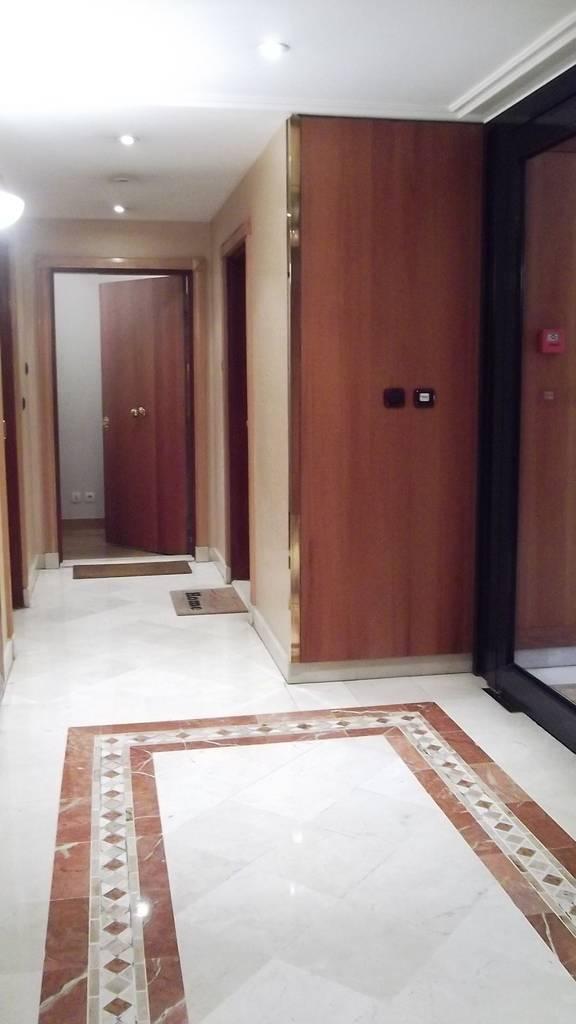 Location meubl e studio 31 m paris 15e 31 m for Location meuble paris particulier
