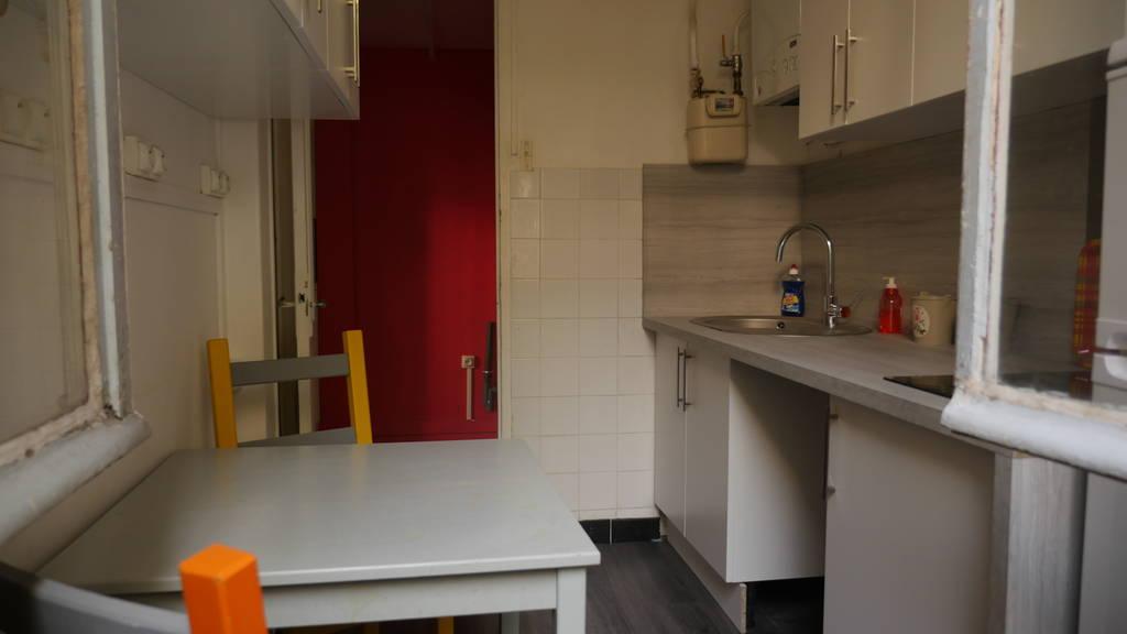 location meubl e studio 25 m issy les moulineaux 92130 25 m 800 de particulier. Black Bedroom Furniture Sets. Home Design Ideas