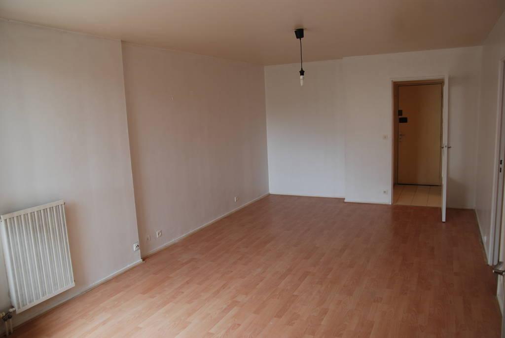 location appartement 2 pi ces 51 m creteil 94000 51 m 985 de particulier. Black Bedroom Furniture Sets. Home Design Ideas