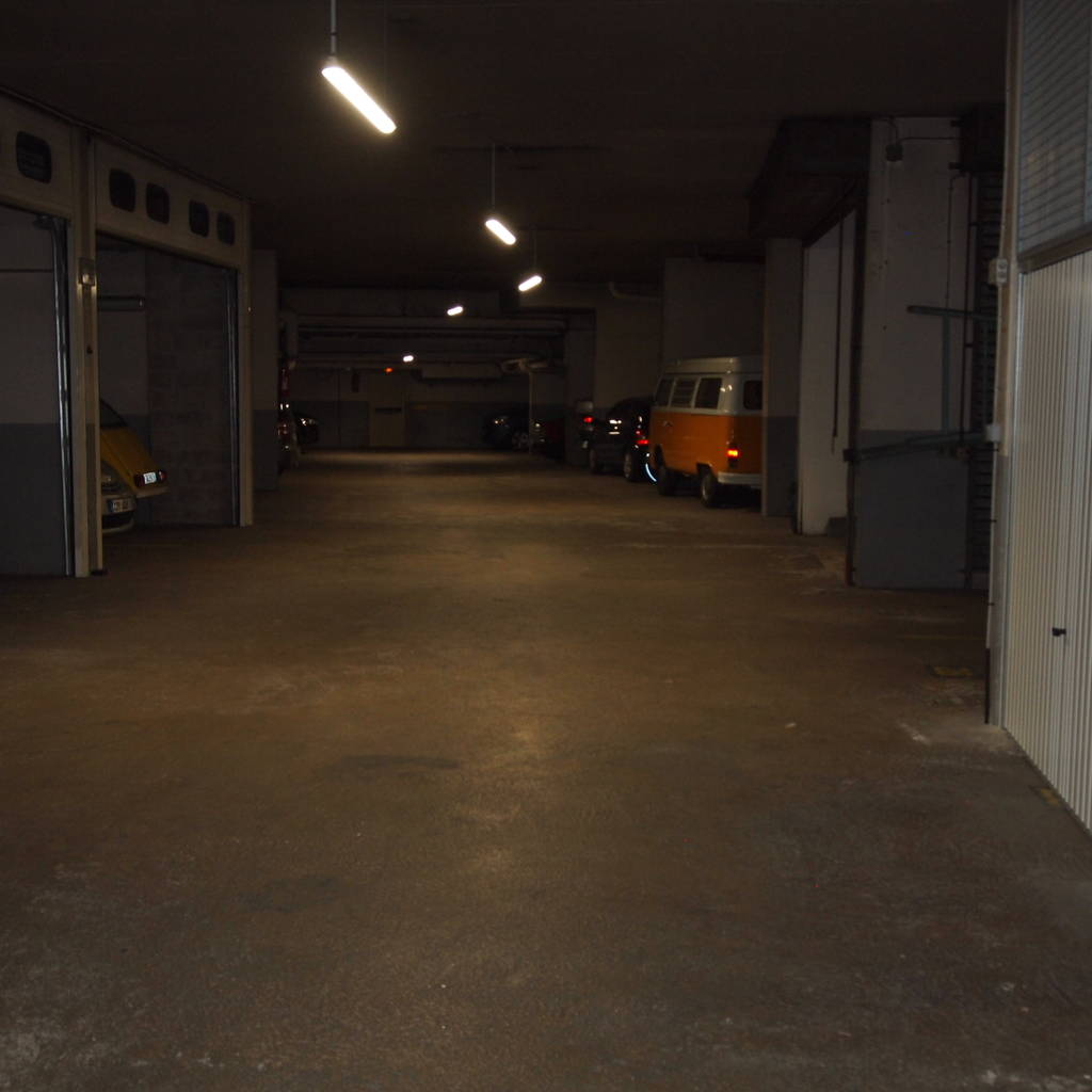Location garage parking paris 15e 110 de for Garage poniatowski paris 12 paris