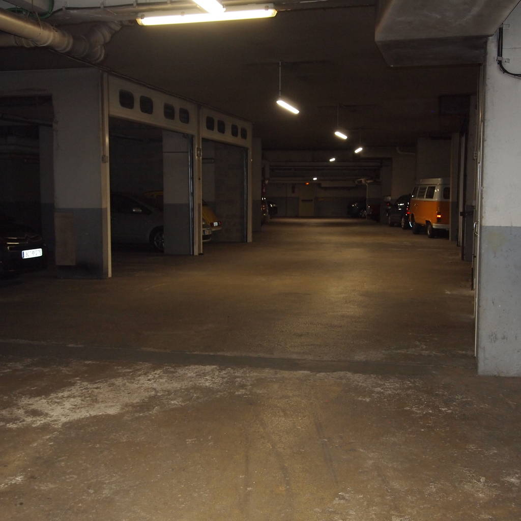 Location garage parking paris 15e 110 de particulier particulier pap - Location garage paris 15 ...