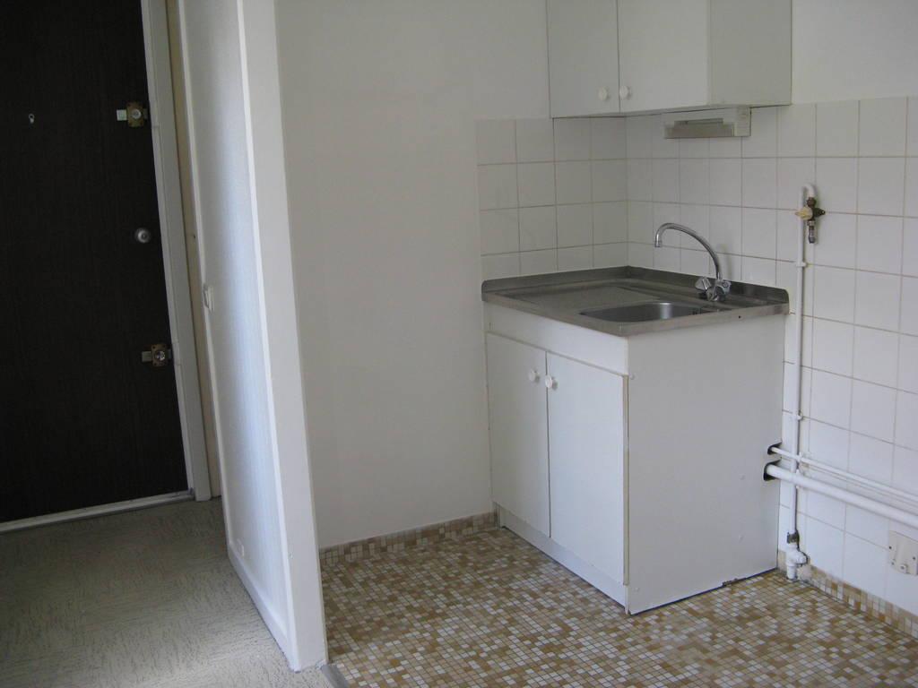 location studio 27 m franconville 95130 27 m 592 de particulier particulier pap. Black Bedroom Furniture Sets. Home Design Ideas