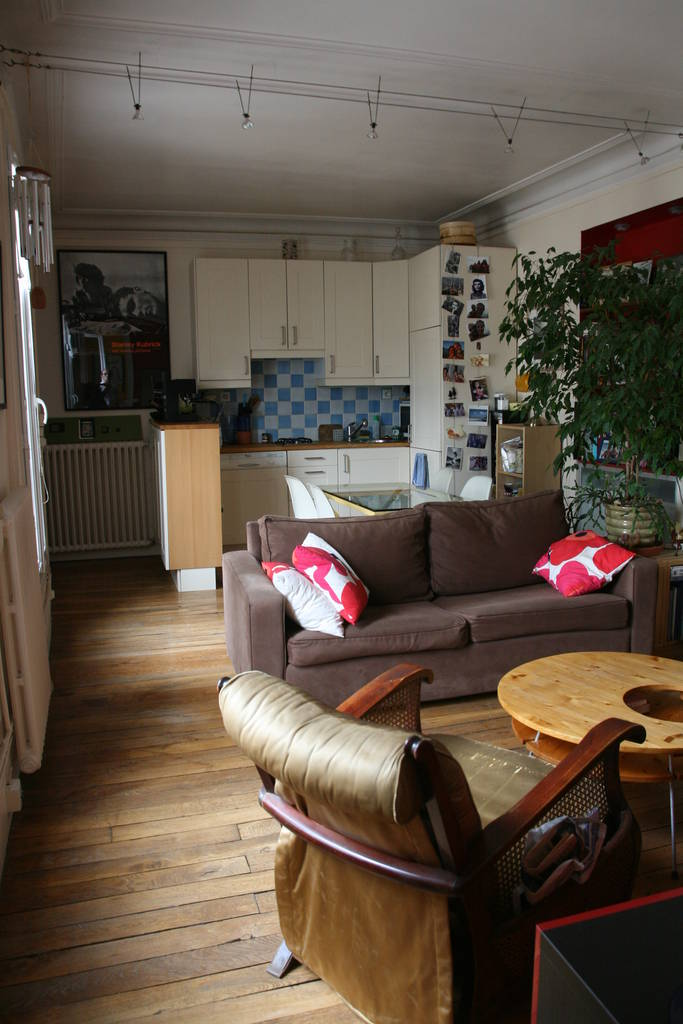 Location appartement 2 pi ces 38 m paris 10e 38 m 1 for 10e chambre instants d audience