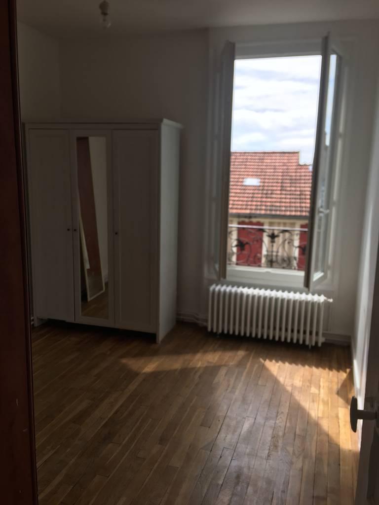 Location meubl e maison 38 m fontenay sous bois 94120 for Location meuble vincennes
