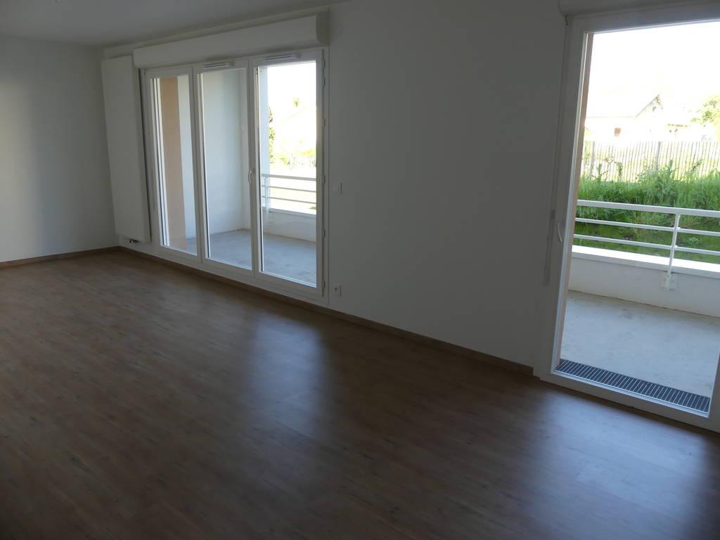 location appartement 3 pi ces 63 m bruges 33520 63 m 670 de particulier. Black Bedroom Furniture Sets. Home Design Ideas