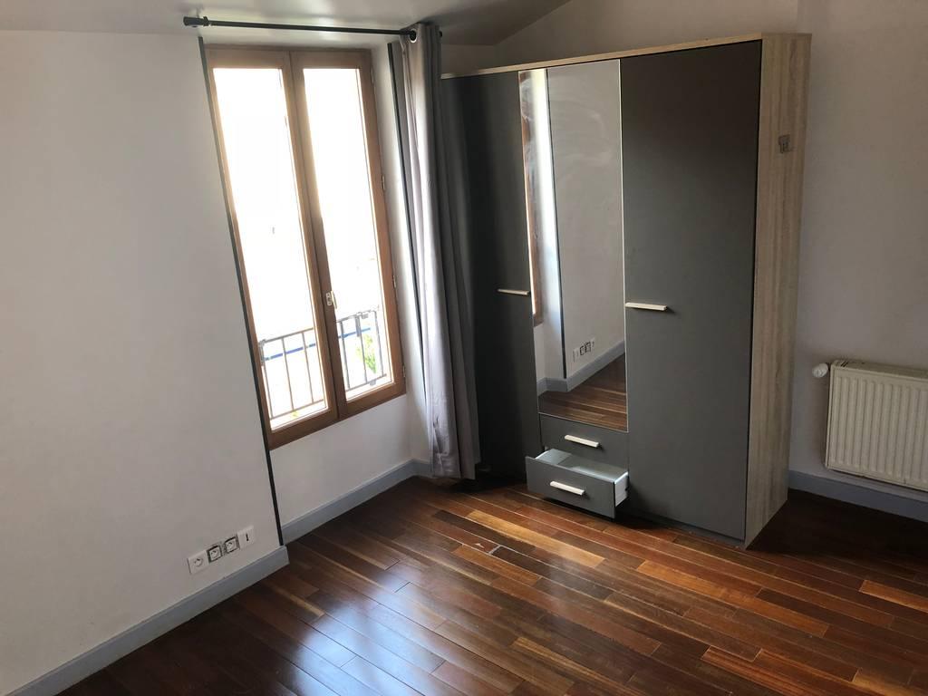 location appartement 3 pi ces 64 m melun 77000 64 m 850 de particulier particulier. Black Bedroom Furniture Sets. Home Design Ideas