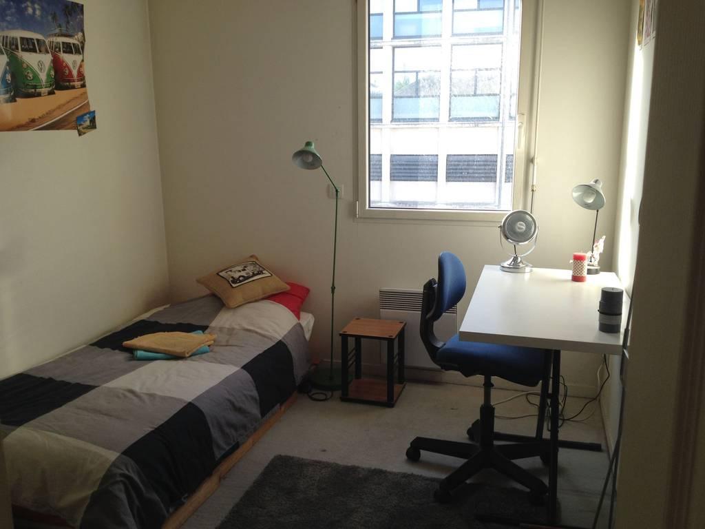 location meubl e appartement 3 pi ces 68 m lille 59 68 m 950 de particulier. Black Bedroom Furniture Sets. Home Design Ideas