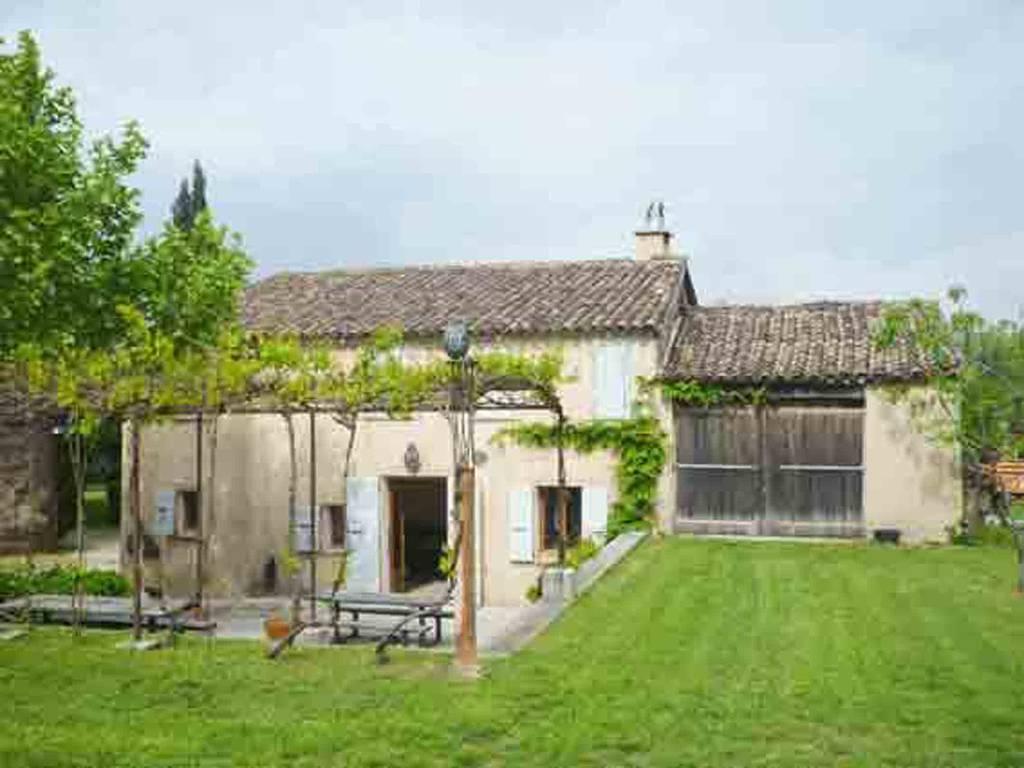 location meubl e maison 70 m draguignan 83300 70 m 500 de particulier particulier. Black Bedroom Furniture Sets. Home Design Ideas