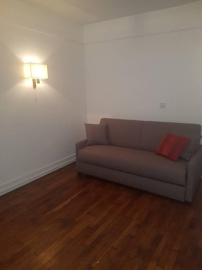 location meubl e appartement 2 pi ces 43 m paris 3e 43 m de particulier. Black Bedroom Furniture Sets. Home Design Ideas