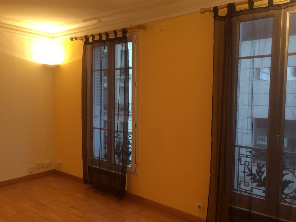 location appartement 2 pi ces 38 m levallois perret 92300 38 m 990 de particulier. Black Bedroom Furniture Sets. Home Design Ideas
