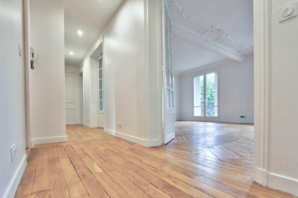 location meubl e appartement 5 pi ces 101 m levallois perret 92300 101 m de. Black Bedroom Furniture Sets. Home Design Ideas