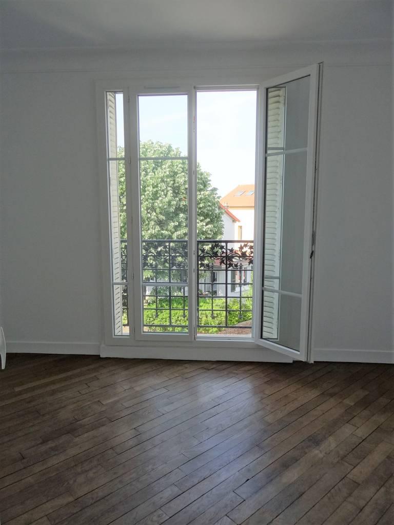 location appartement 2 pi ces 38 m la garenne colombes 92250 38 m 950 de particulier. Black Bedroom Furniture Sets. Home Design Ideas