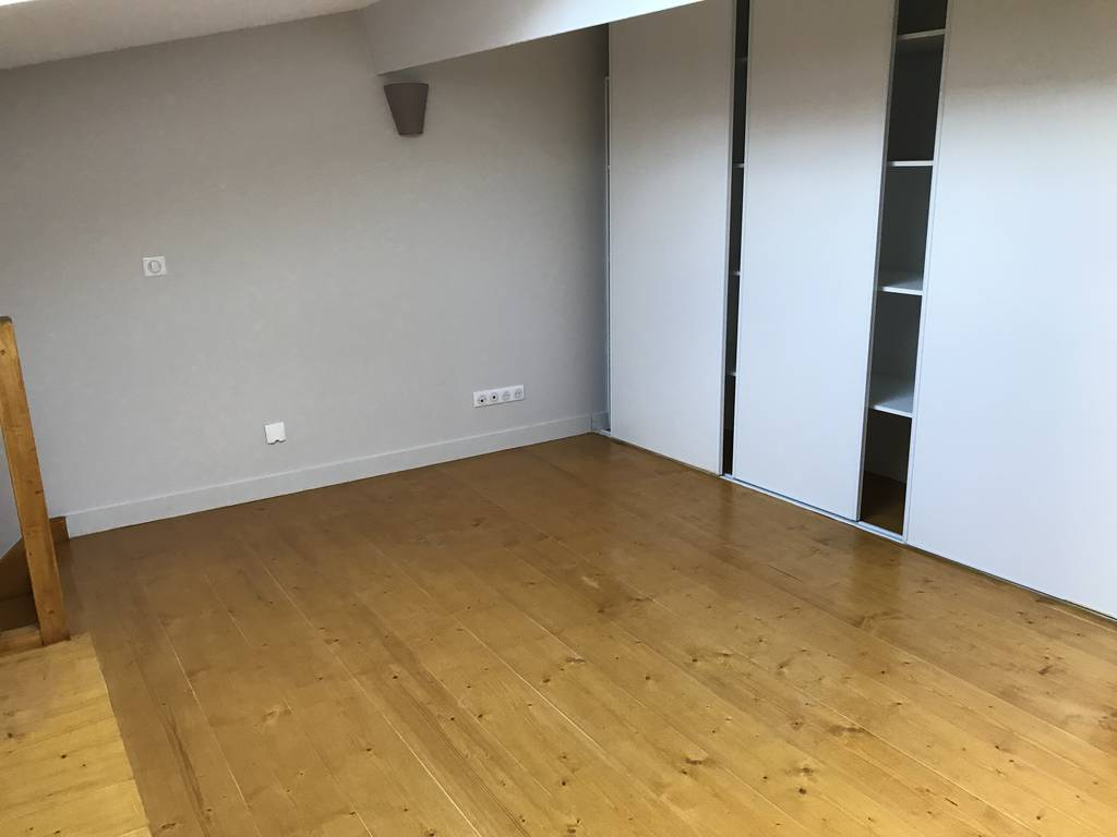 location appartement 3 pi ces 60 m pontoise 95 60 m 890 de particulier particulier. Black Bedroom Furniture Sets. Home Design Ideas