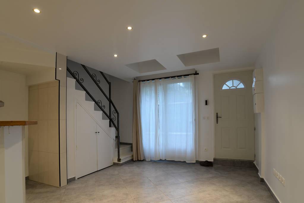 location appartement 2 pi ces 43 m saint brice sous foret 95350 43 m 710 de. Black Bedroom Furniture Sets. Home Design Ideas