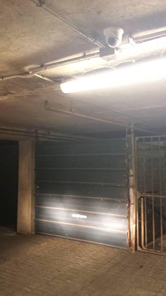 Location garage parking paris 18e 95 de particulier for Garage paris 18e