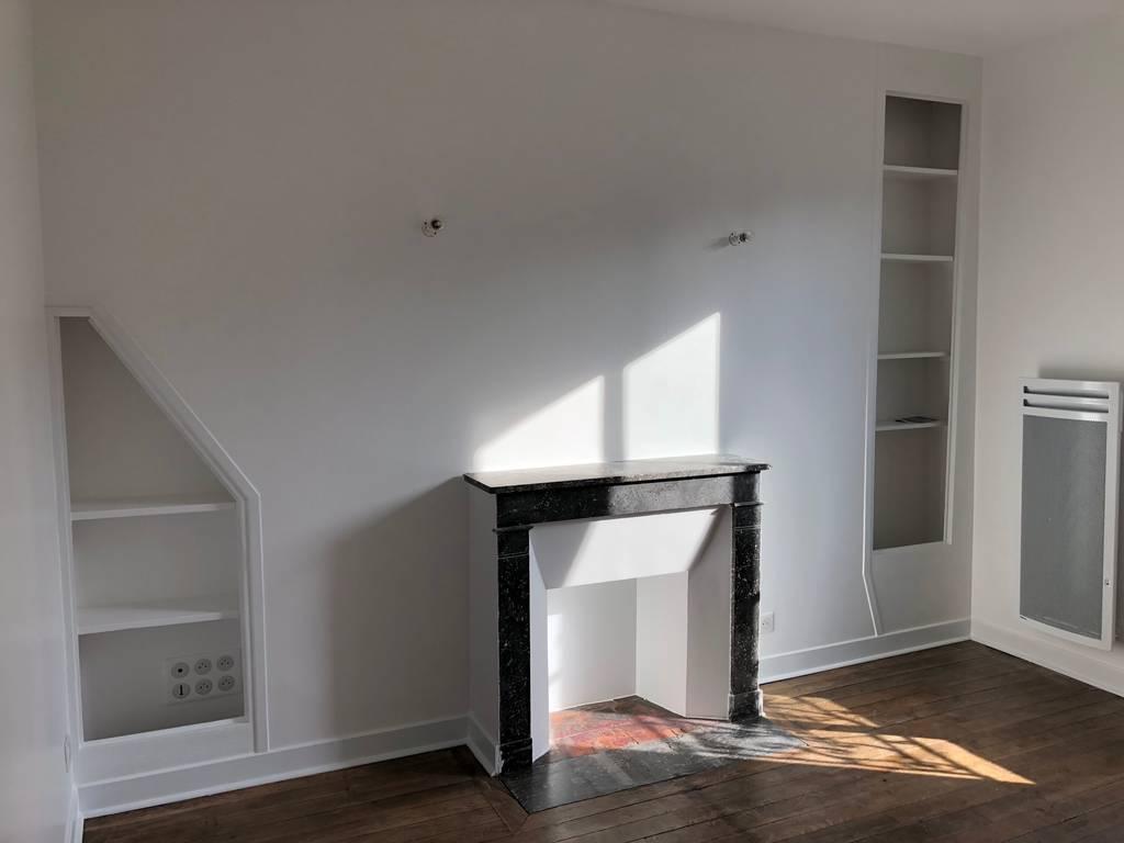 location meubl e chambre 24 m paris 11e 24 m de particulier particulier pap. Black Bedroom Furniture Sets. Home Design Ideas