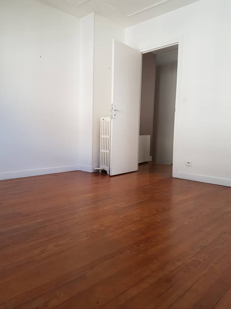 Location appartement 3 pi ces 69 m magny en vexin 95420 for Bureau plus magny en vexin