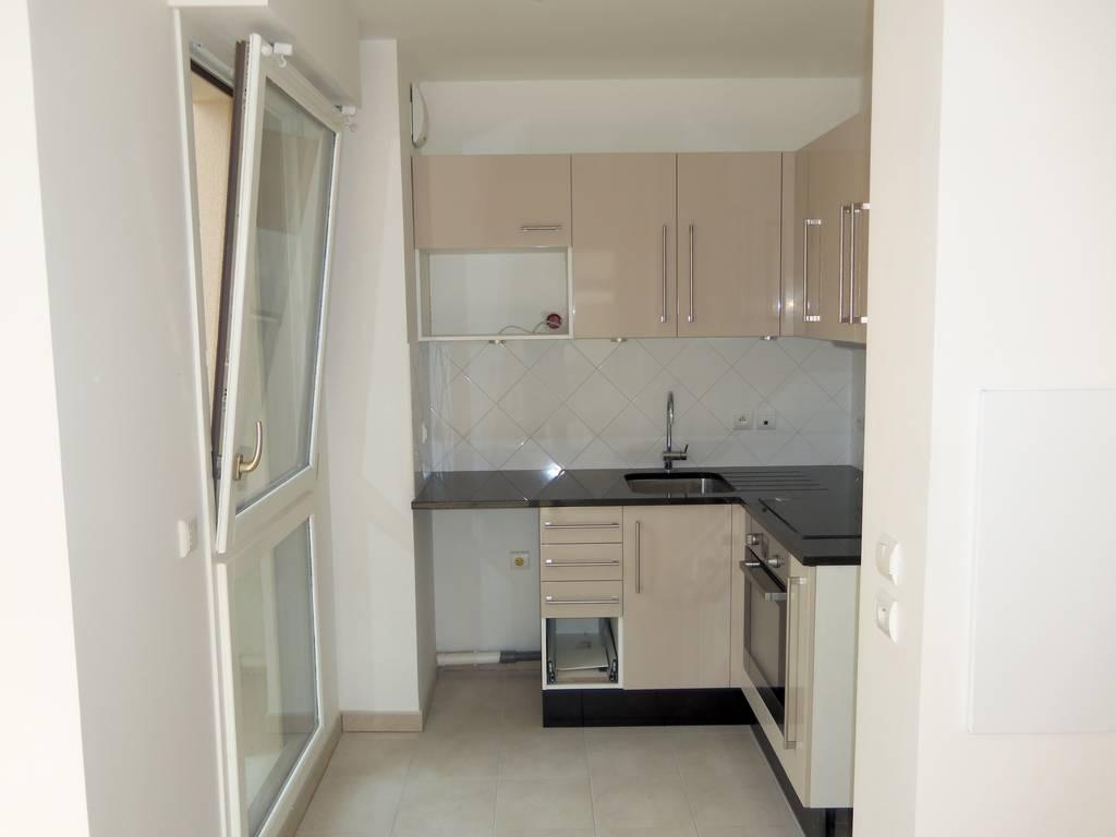 location appartement 2 pi ces 38 m croissy sur seine 38 m 900 de particulier. Black Bedroom Furniture Sets. Home Design Ideas