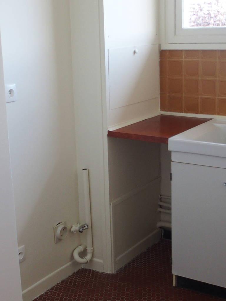 location appartement 2 pi ces 46 m orleans 45 46 m 560 de particulier particulier. Black Bedroom Furniture Sets. Home Design Ideas