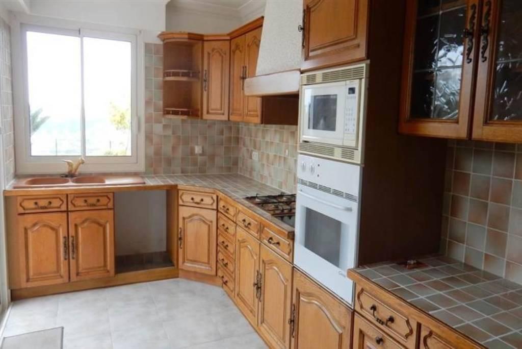 location maison 166 m nice 06 166 m de particulier particulier pap. Black Bedroom Furniture Sets. Home Design Ideas
