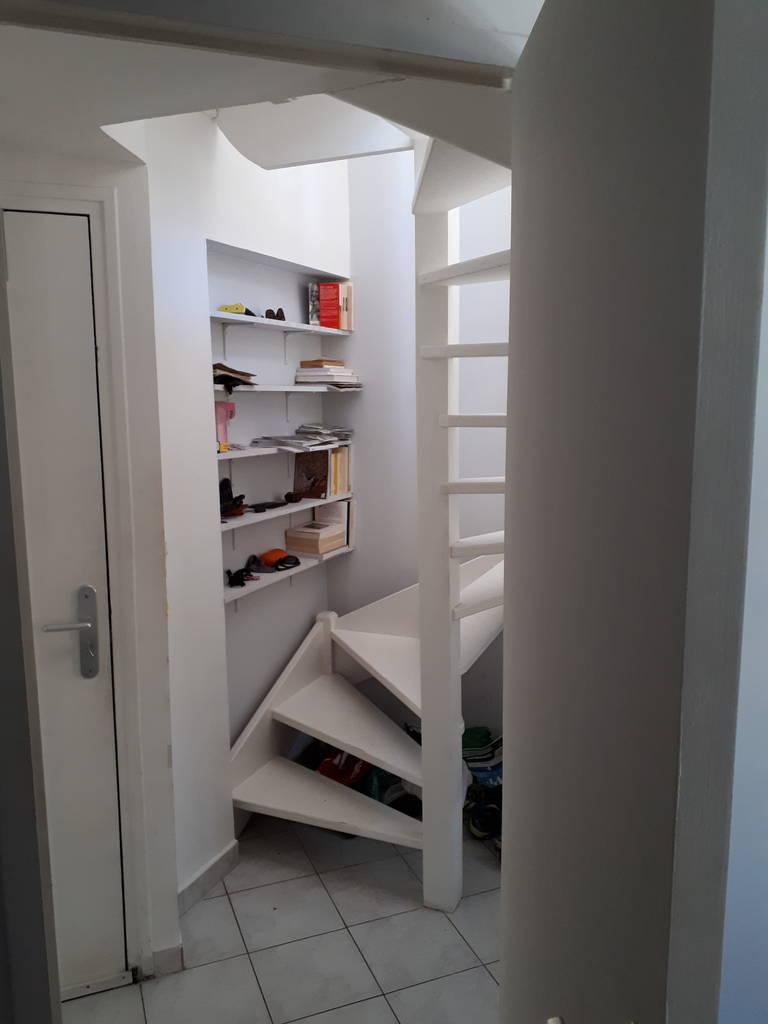 location meubl e appartement 2 pi ces 39 m toulon 83 39 m 580 de particulier. Black Bedroom Furniture Sets. Home Design Ideas