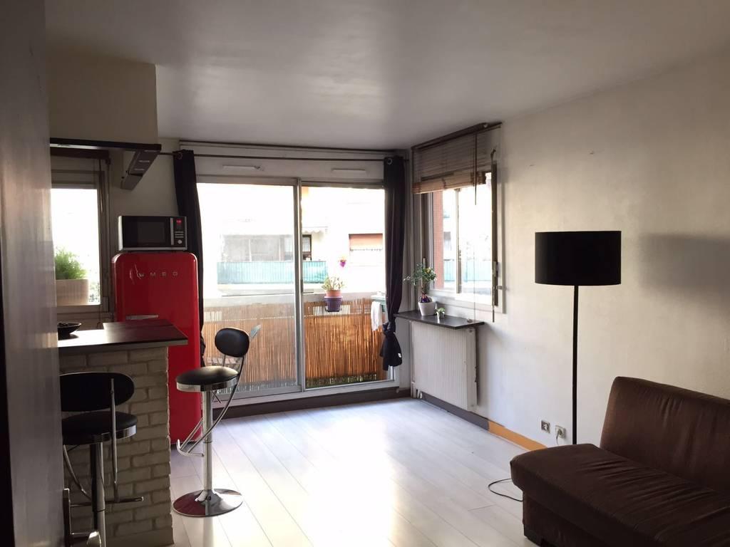 Location meubl e studio 27 m paris 18e 27 m 950 - Location studio meuble paris particulier ...