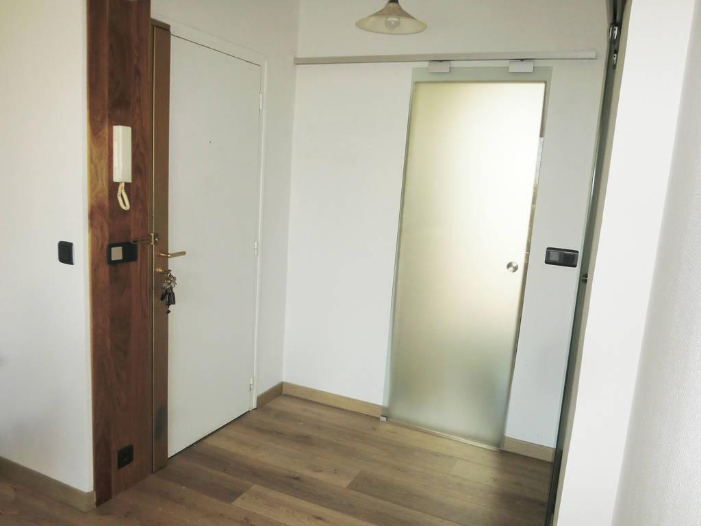 location studio 38 m asnieres sur seine 92600 38 m 975 de particulier particulier. Black Bedroom Furniture Sets. Home Design Ideas