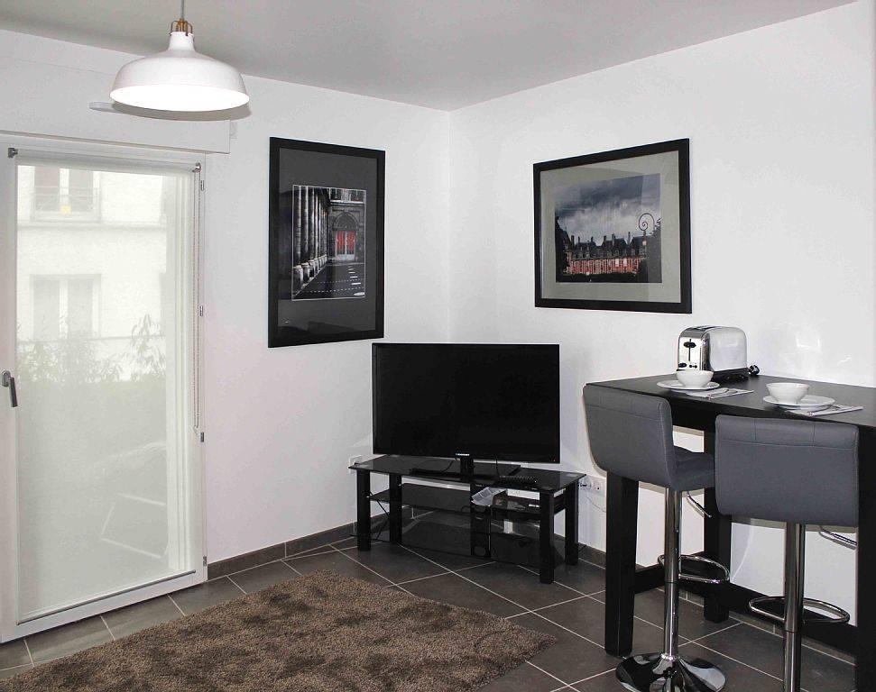 Location meubl e appartement 2 pi ces 31 m paris 5e 31 - Location studio meuble paris particulier ...