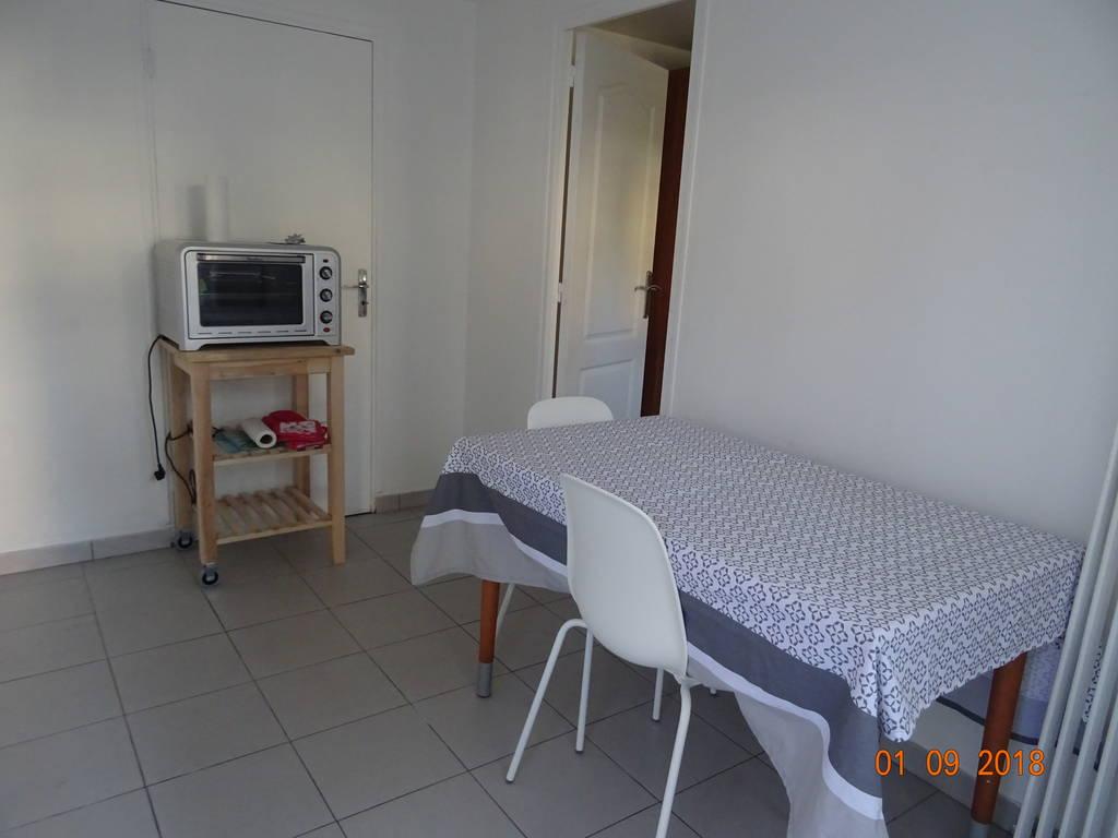location meubl e appartement 2 pi ces 27 m aulnay sous bois 93600 27 m 600 de. Black Bedroom Furniture Sets. Home Design Ideas
