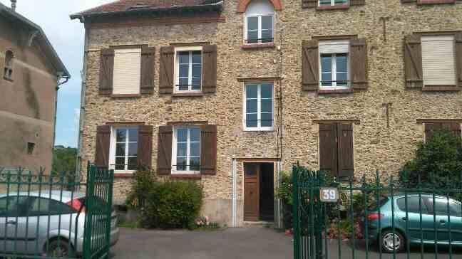 location appartement 3 pi ces 42 m chateau thierry 02400 42 m 550 de particulier. Black Bedroom Furniture Sets. Home Design Ideas