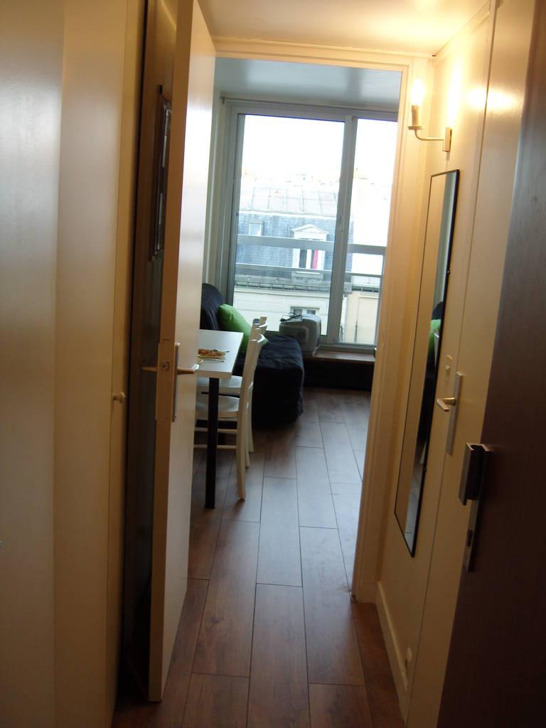 Location meubl e studio 15 m paris 15e 15 m 770 de particulier particulier pap - Location meublee paris 15 ...