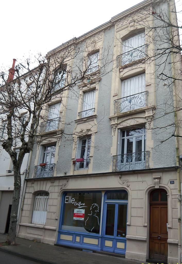 Vente et location  Roanne (42300) 85m² 630€