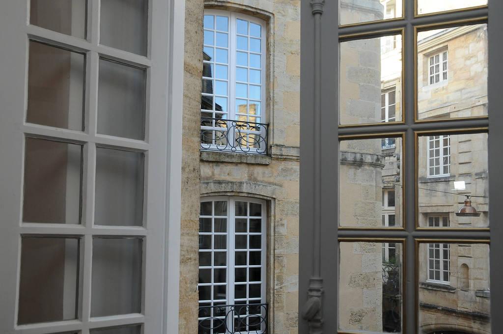 location appartement bordeaux 33000 louer un appartement bordeaux 33 de particulier. Black Bedroom Furniture Sets. Home Design Ideas
