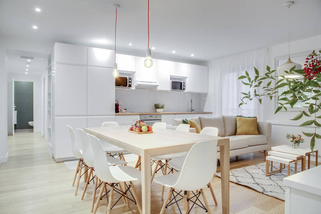 Location meublée chambre 23m² Paris 9E - 1.100€