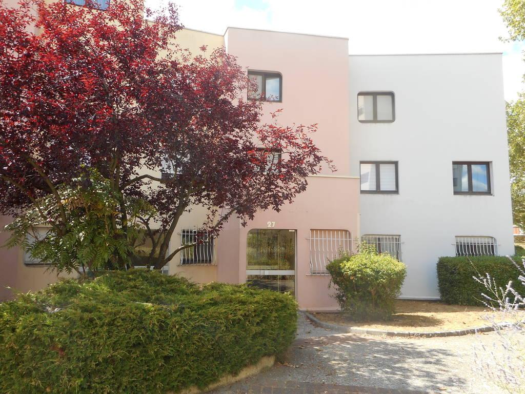 Location meublée appartement 6pièces 80m² Cergy (95) - 560€