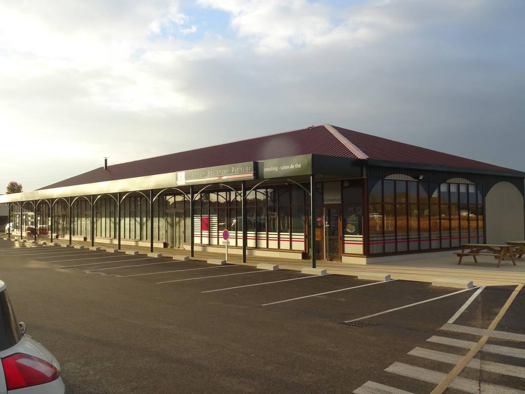 Local commercial Chatuzange-Le-Goubet (26300) - 115m² - 1.410€