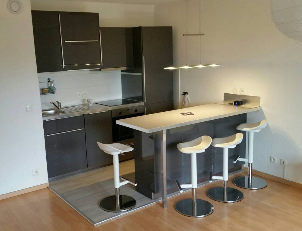 Location immobilier 1.415€ Saint-Genis-Pouilly (01630)