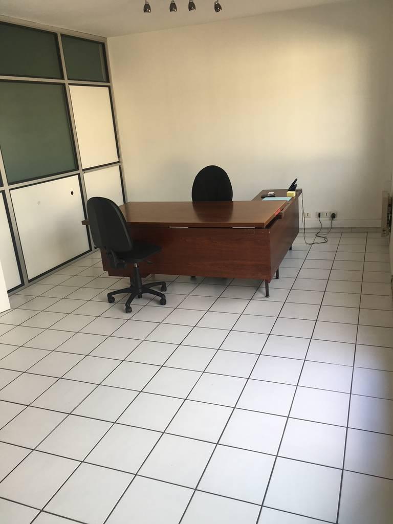 Location Bureaux et locaux professionnels Conflans-Sainte-Honorine (78700) 25m² 690€