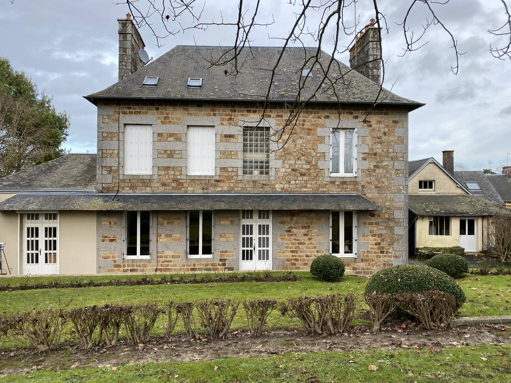 Isigny-Le-Buat (50540)